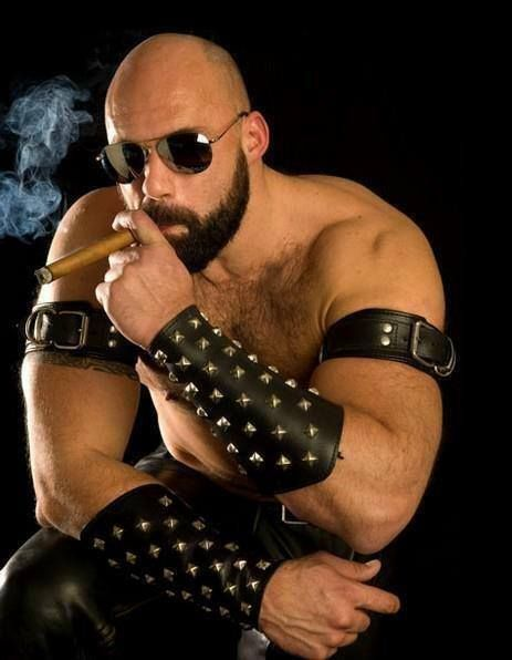 Cigar and pipe fetish