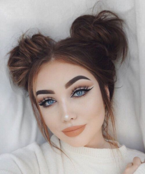 The Ultimate Guide to Space Buns   HOWTOWEAR Fashion Gallery