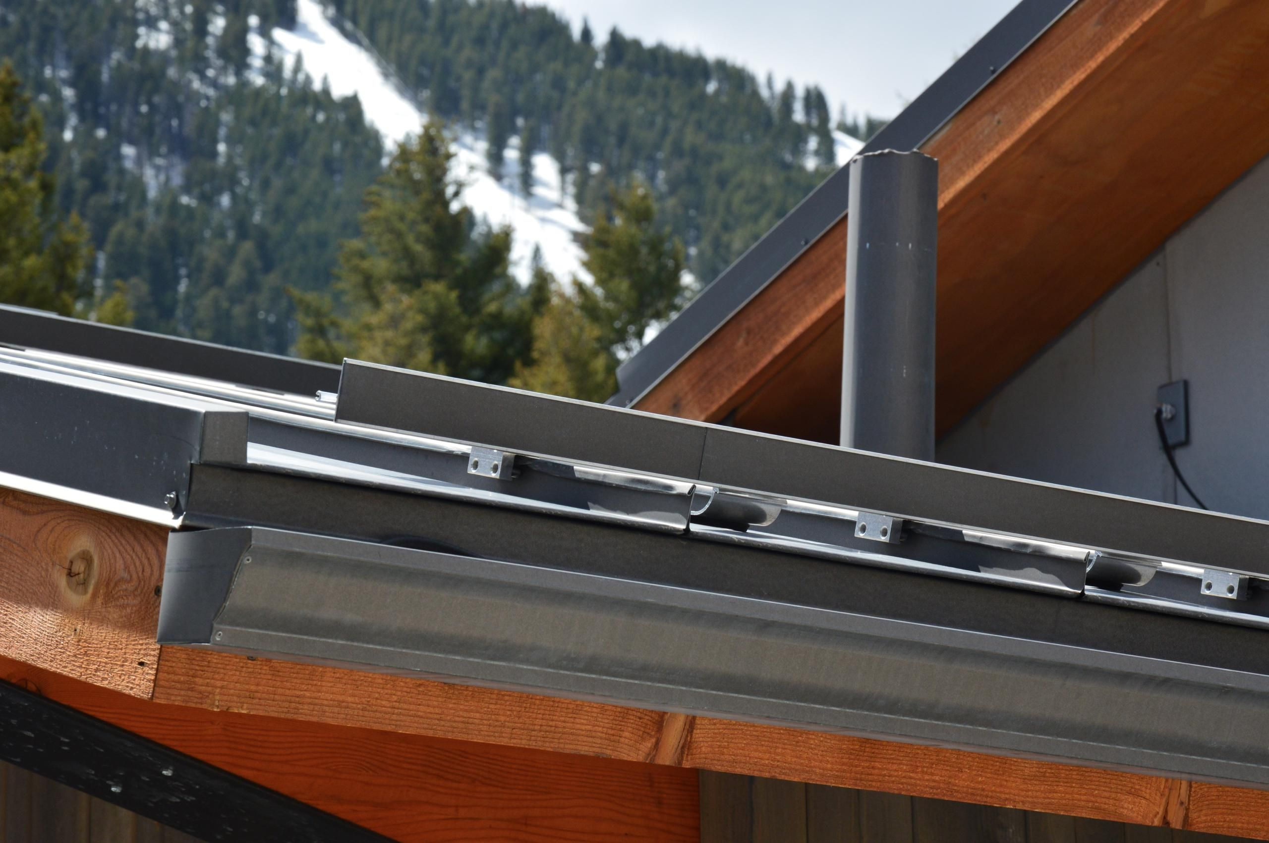 Bonderized Metal Roofing W Gutter Detail Snow Retention System Commercial Metal Roofing Standing Seam Metal Roof Roofing