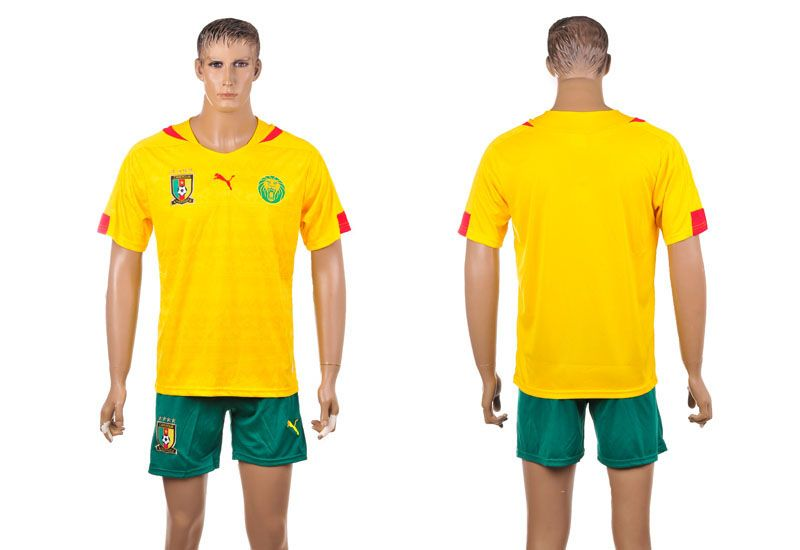 best loved 82f17 18a9c Cameroon 2014 The World Cup 2014 Home Football Shirt Blank ...