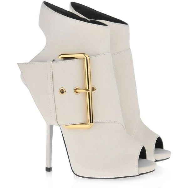 Giuseppe Zanotti E30263 002 1 250 Omg It S The Shoes From Williams Youtube Channel I Need Them Heels Boots Hot Shoes
