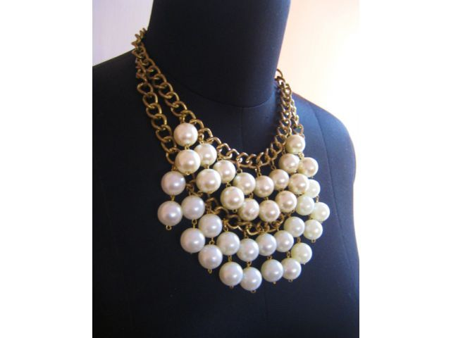 The beautiful ivory and cream pearls combined to make a unique necklace.