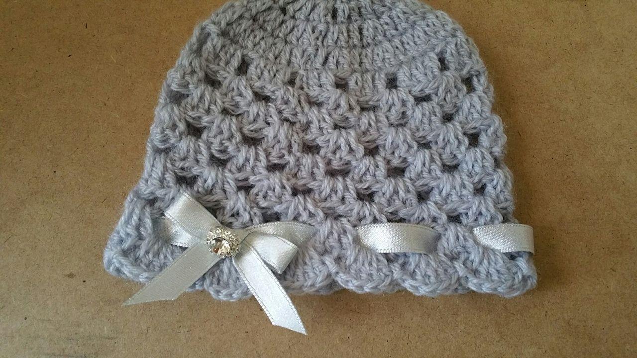 Cappello neonata uncinetto  crochet hat. Cerca questo Pin e ... 05f62c7d2cec