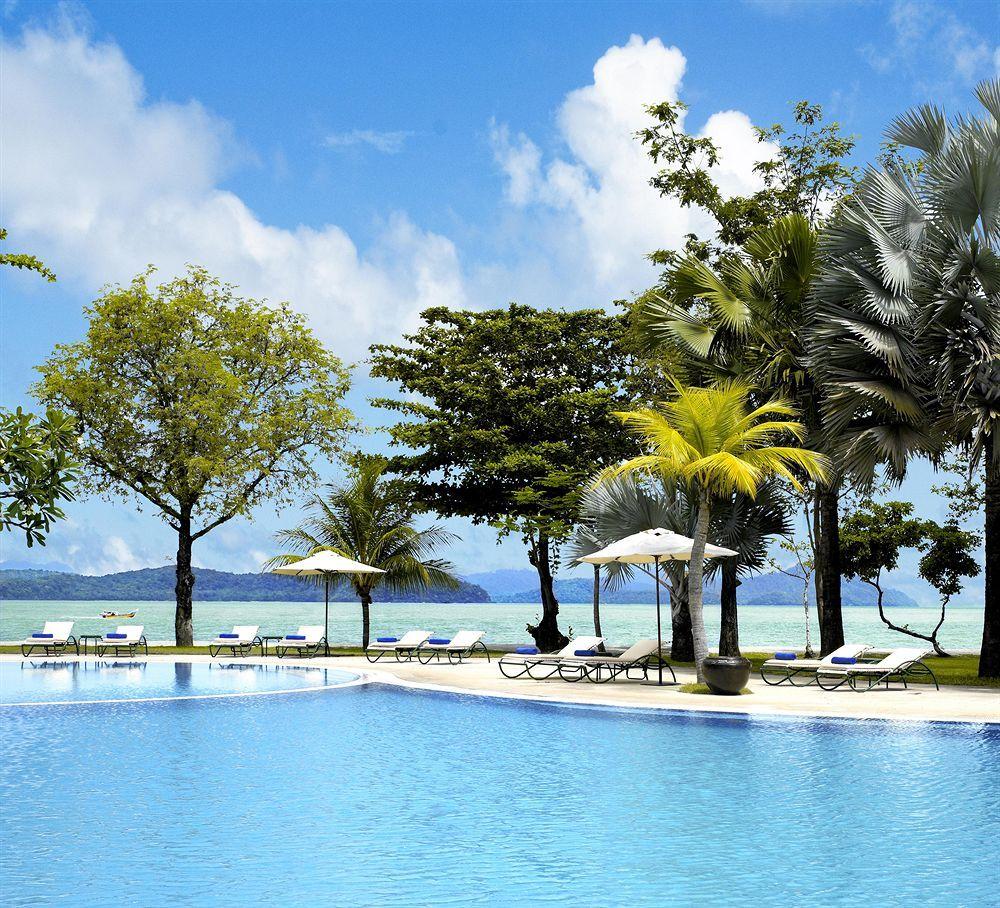 Desert Island Beach: Island Resort, Dream Vacations, Vacation Wishes