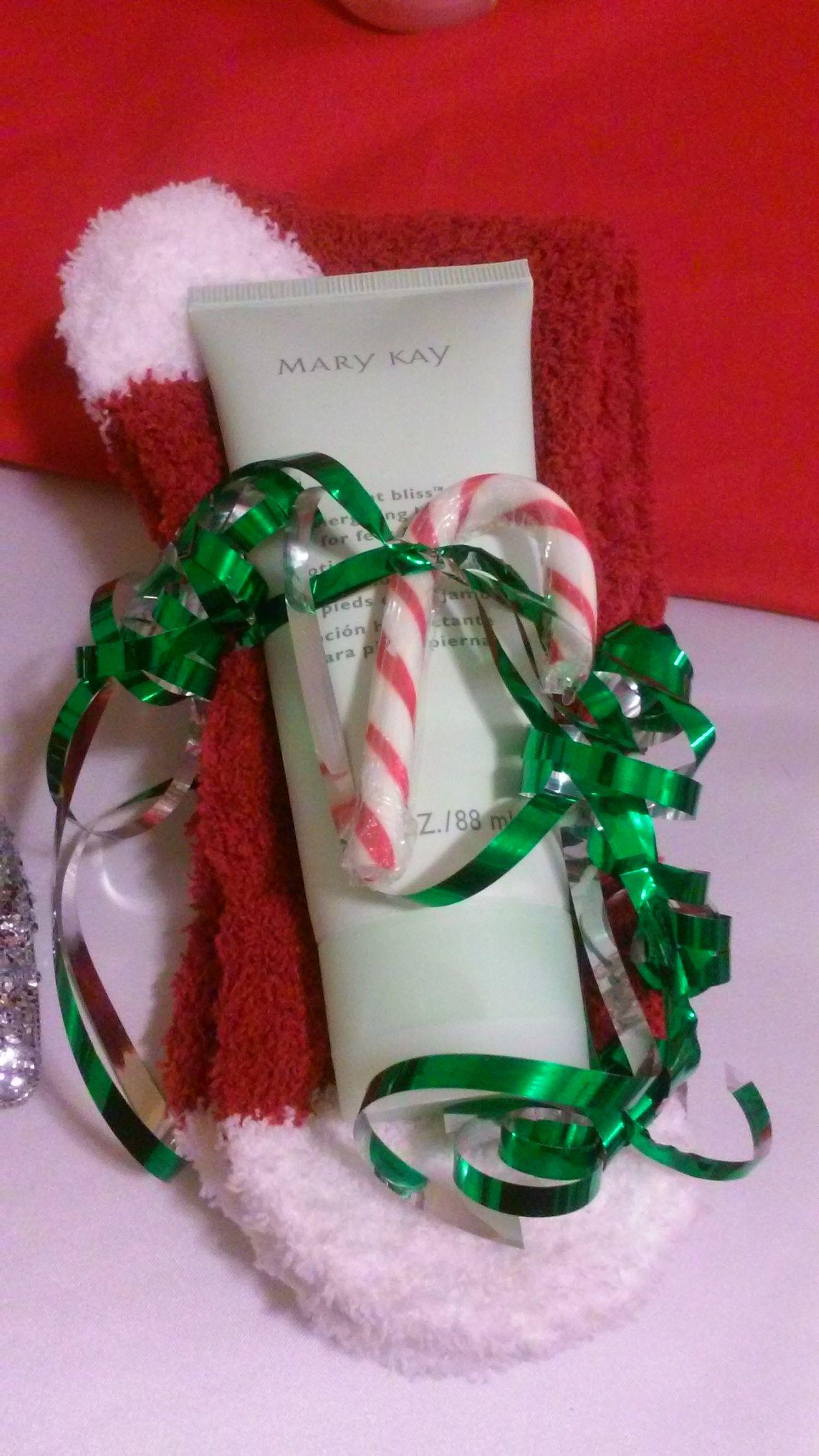 Mary Kay Mint Bliss With Aloe Socks In 2019 Mary Kay Mary