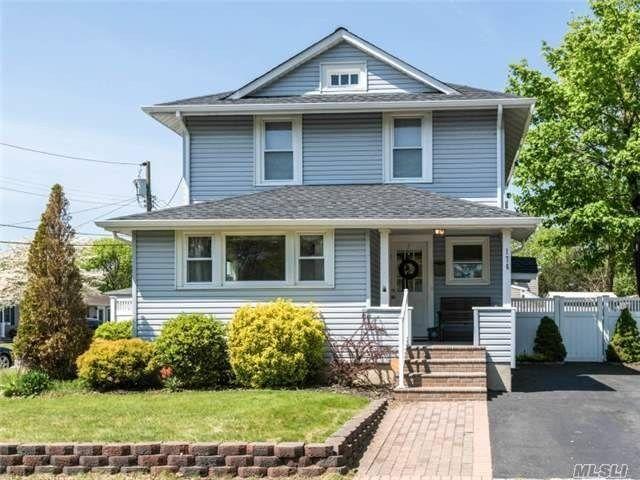 176 Central Ave Patchogue Ny 11772 Mls 2851330 Listing Information Mlsli Com Long Island Real Estate Real Estate Estates Find Homes For Sale