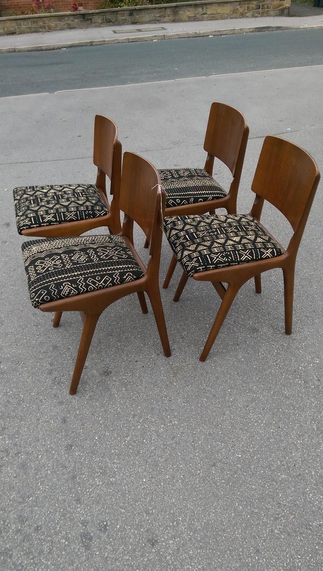 Set Of 4 Mid Century Teak Dining Chairs Reupholstered With African Mudcloth  05