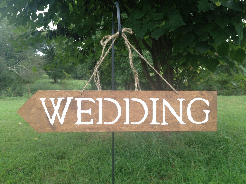Hanging Wedding Sign With Arrow And Shepherds Hook To Hang Rustic Style Wedding Wedding Signs Rustic Style Wedding Wedding