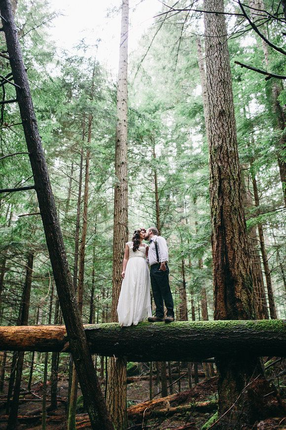 Wild And Organic Mountain Elopement Shoot Photography By Jess Hunter Washington State Pacific Northwest Wedding Forest Intimate