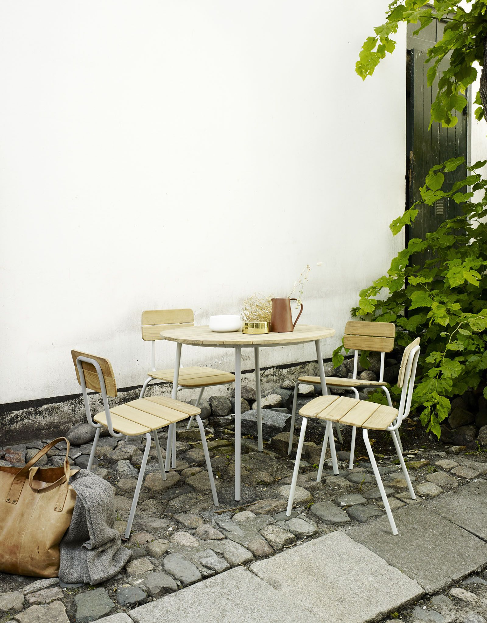 Flux Table - Skagerak | Interior. | Pinterest | Gardens