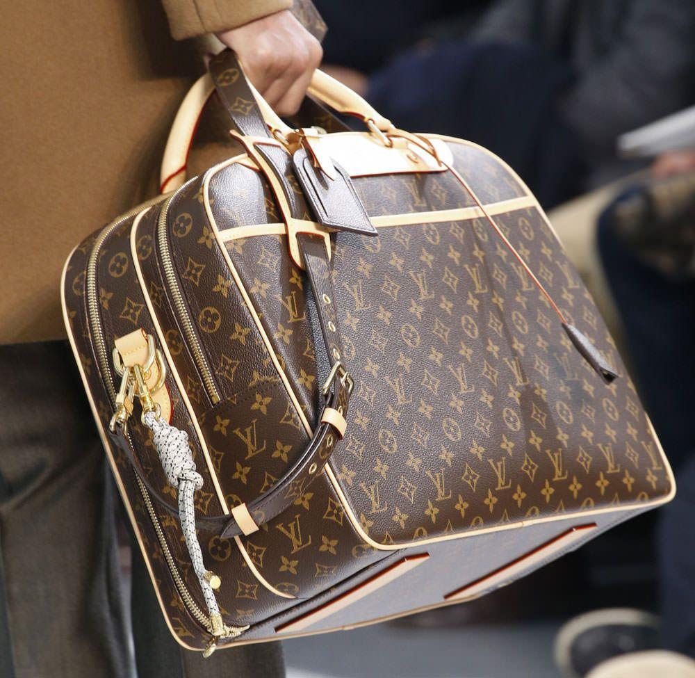 Monogram Makes A Major Comeback At Louis Vuitton S Fall 2015 Menswear Show Page 21 Purseblog Vuitton Fall Handbags Louis Vuitton