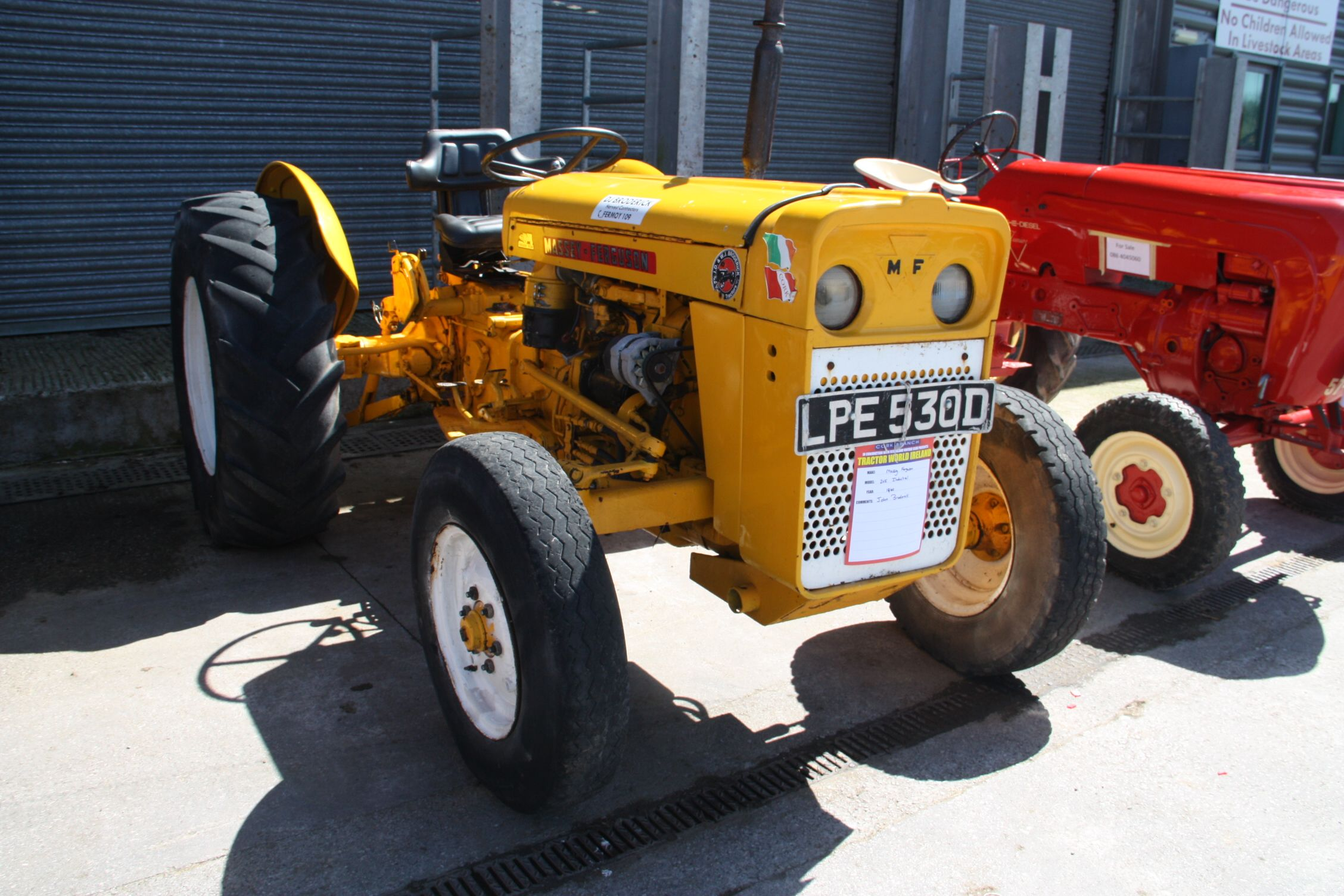 Massey-Ferguson 205 Industrial Tractors, Farming, Barns, Country Barns,  Tractor Pulling
