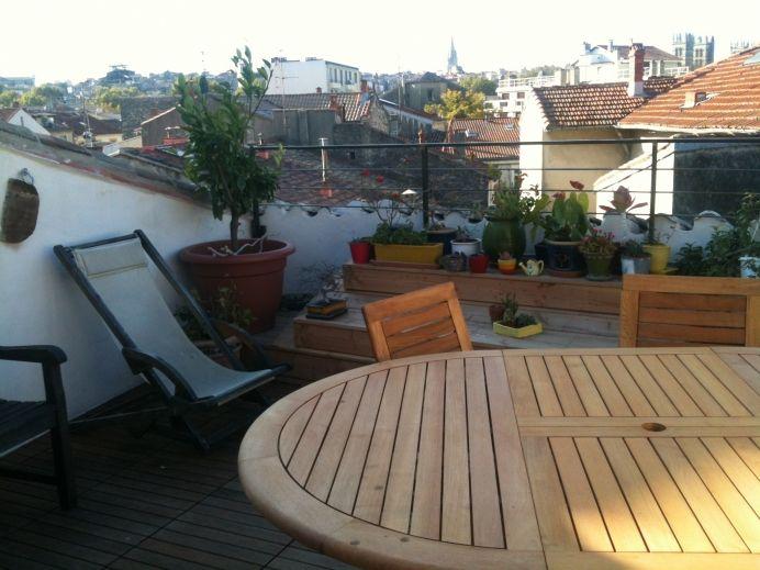 Fenêtre plate pour toit-terrasse Small apartments, Attic and Lofts