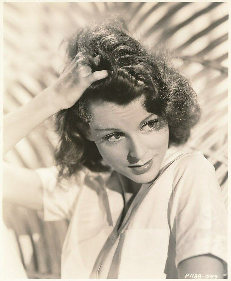 Frances Dee Theodore Dreiser Olivia De Havilland She Movie