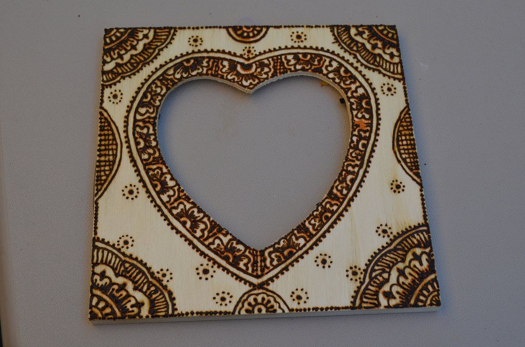 Heart Shaped Picture Frame Henna Designed Wooden Picture Frame