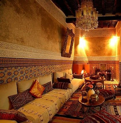 Arabian Living Room Beautiful Paintings For Decor Style