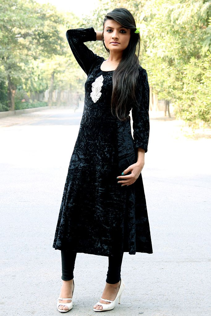 946e701498 Black Long Velvet #Kurti | velvet in 2019 | Velvet kurtis design ...