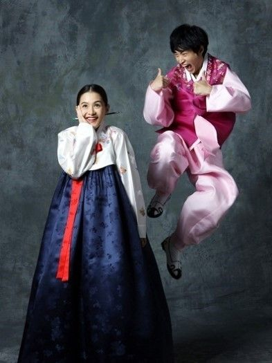 15 Photos of Korean celebrity couples wearing hanbok for ...