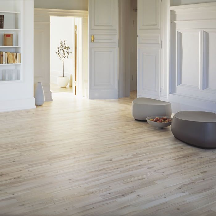 Junckers 22mm Nordic Beech Variation Solid Wood Flooring Wood