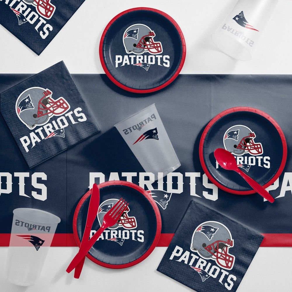 premium selection 9172e 8ee6c NFL Navy Blue And Red New England Patriots Tailgating Kit ...