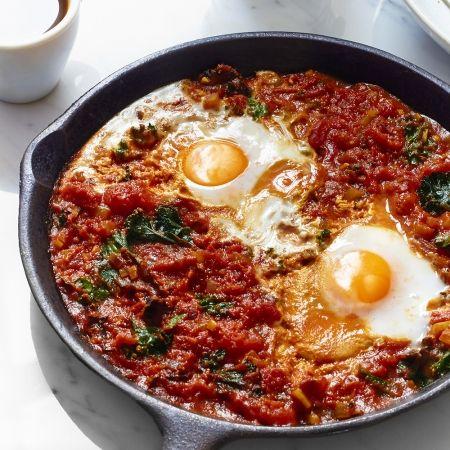 The Sirtfood Diet S Shakshuka Recipe Recipes Shakshuka Healthy Food Options