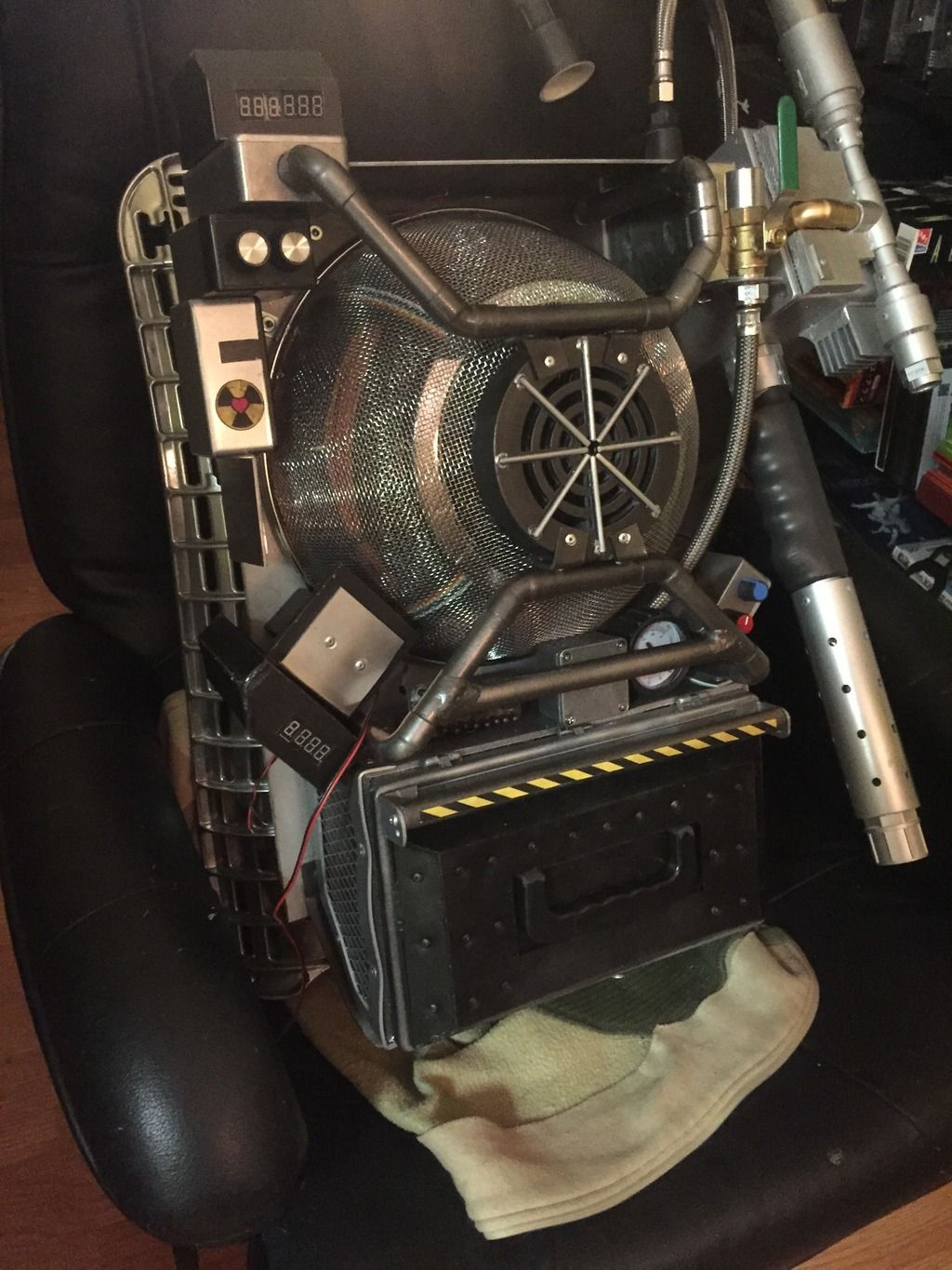 Proton pack builds with supply list