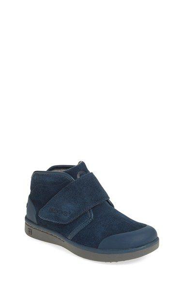 Waterproof sneakers, Walker shoes