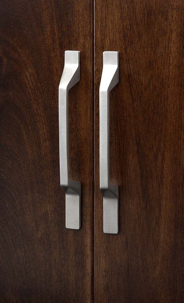 Kitchen Cabinet Hardware Aluminum Finish Modern Metro Asymmetrical Pull 5 Inch C From The Sanctuary Ii Collection By Top S Item Number Tk271alu