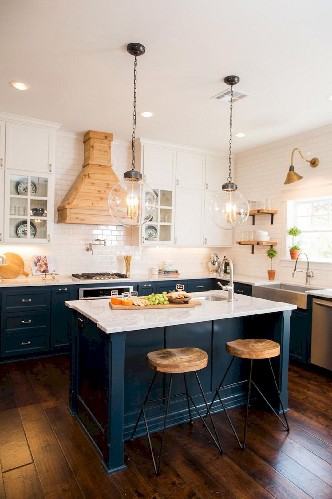 Top 42 Kitchen Design Inspirations From Joanna Gaines Kitchen And