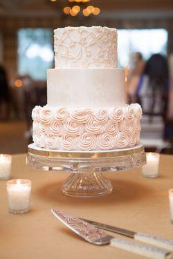 Wedding Cake  DeClare Cakes, Charleston, SC   Photo By MCG Photography