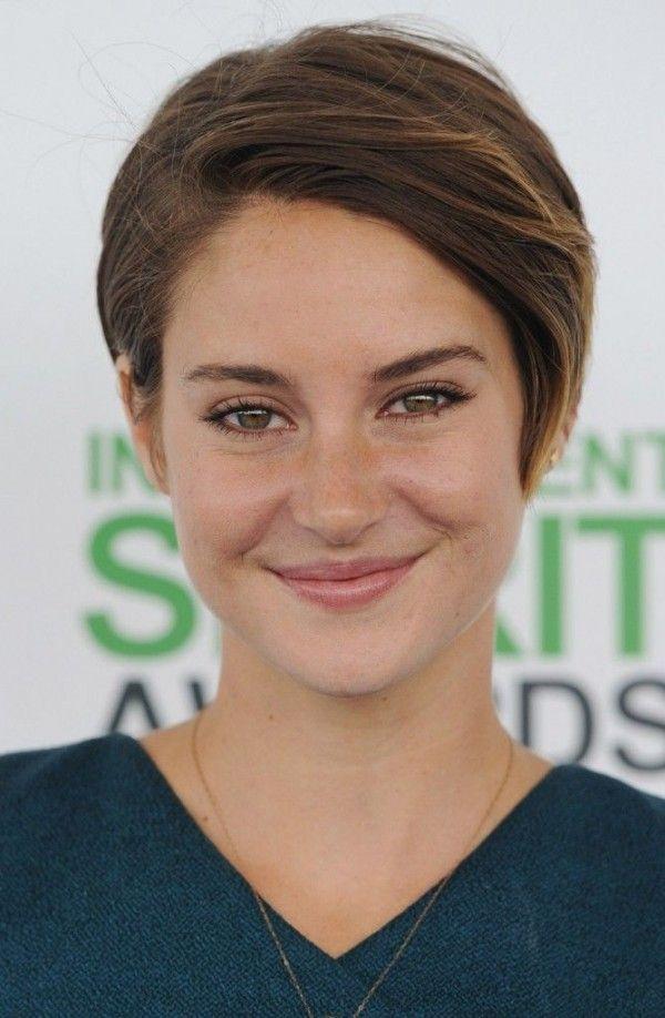Shailene Woodley Short Haircuts Pixie Tags Gaya Rambut Pendek - Gaya rambut pendek demi lovato