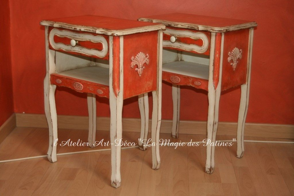 Chevets blanc rouge vieilli style shabby mobilier de Meuble patine rouge