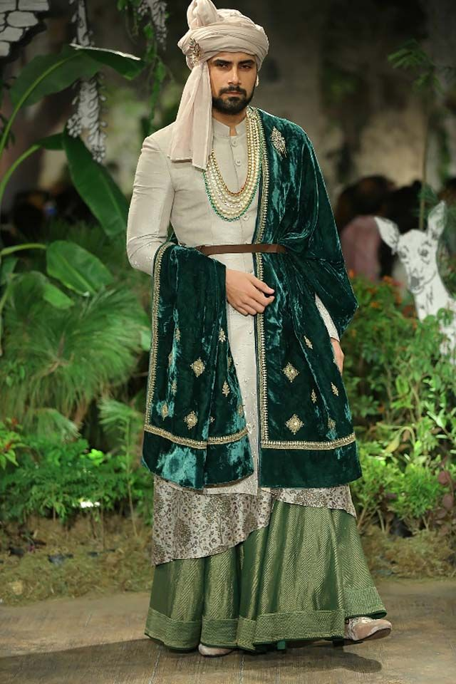 Latest Men's Indian Wedding Outfits for Winter 20172018