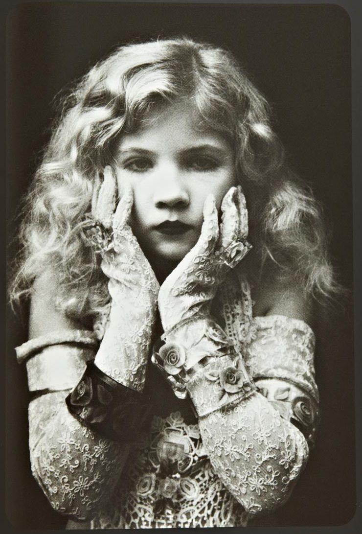 ionesco eva In 1965 the esteemed photographer Irina Ionesco began photographing her  young daughter, Eva Ionesco.