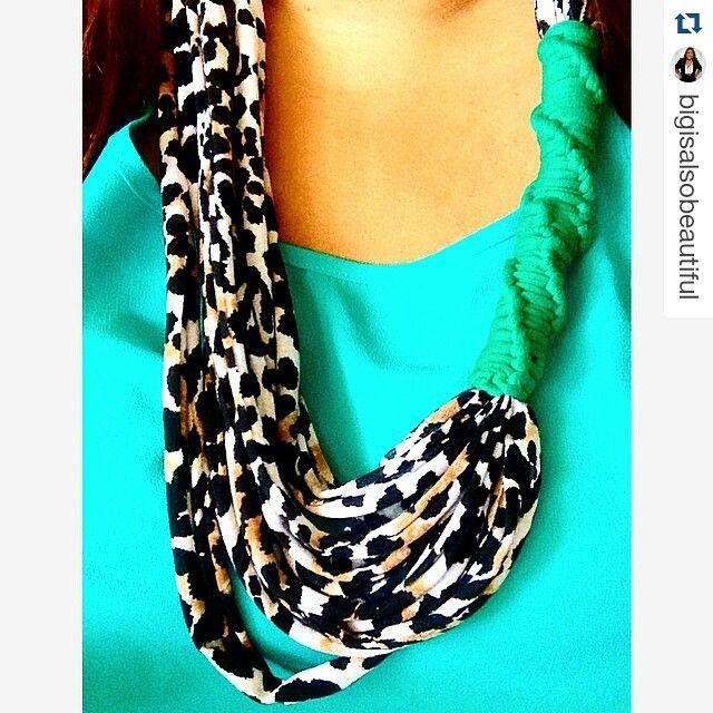 #Repost @bigisalsobeautiful ・・・ Quiero agradecerle a @kaaxil por mi collar tan lindo!!!! Gracias Gaby me encanta ❤️❤️ #modaelsalvador #modacostarica #modaguatemala #necklace #accesorios #animalprint #bigisalsobeautiful #kaaxil #elsalvadorbloggers #madeinelsalvador