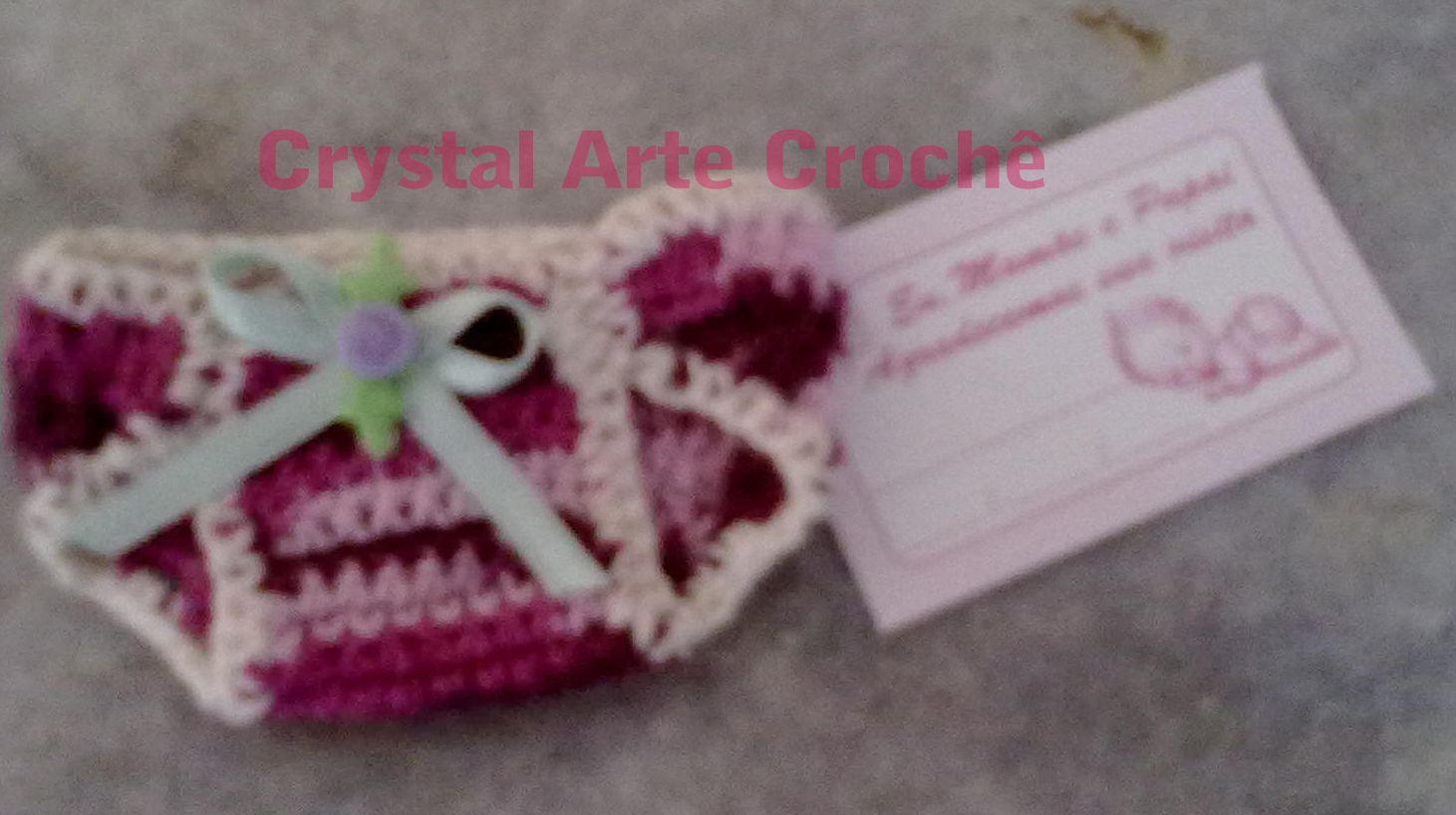 Lembrancinha de Maternidade  Mini fralda de crochê, confeccionado em linha 100% algodão de ótima qualidade. Aceita-se encomendas pelo e-mail marciacrystal2014@gmail.com