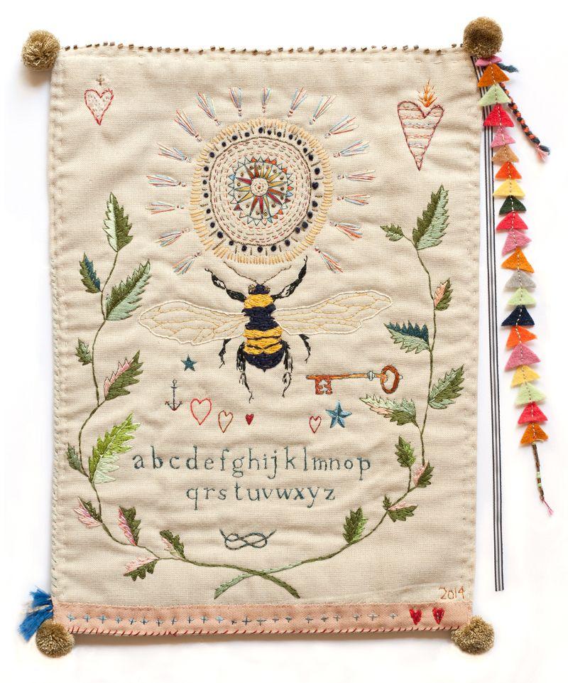December embroideries for sale... | Bordado, Textiles y Cuadros ...