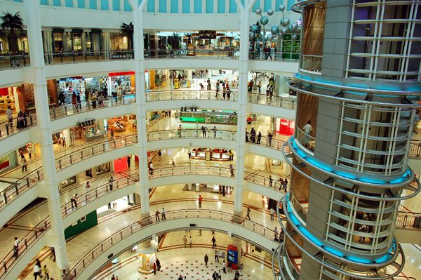 Shop Til You Drop Shopping Malls Shopping Mall Galleria Mall