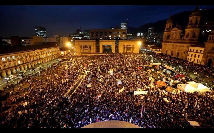 Marcha de las flores así fue la movilización por la paz en Colombia - La Prensa