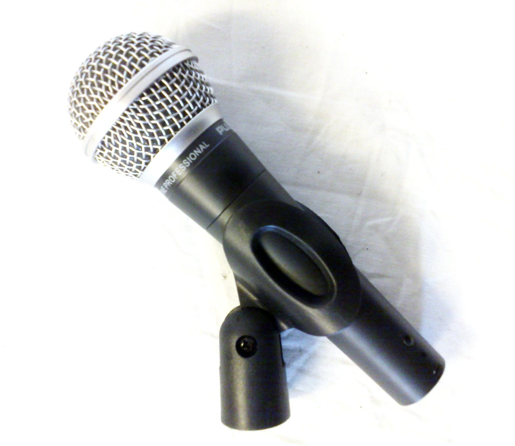 Pulse PM580. Microphone. Plus XLR Cable, Clip and