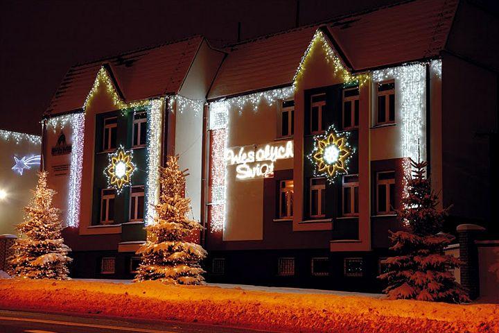 Festive Lighting Offers Christmas Lighting Decorations For Town Centres Like Christmas Lighting Outdoor Christmas Lights Christmas Lights Outdoor Christmas