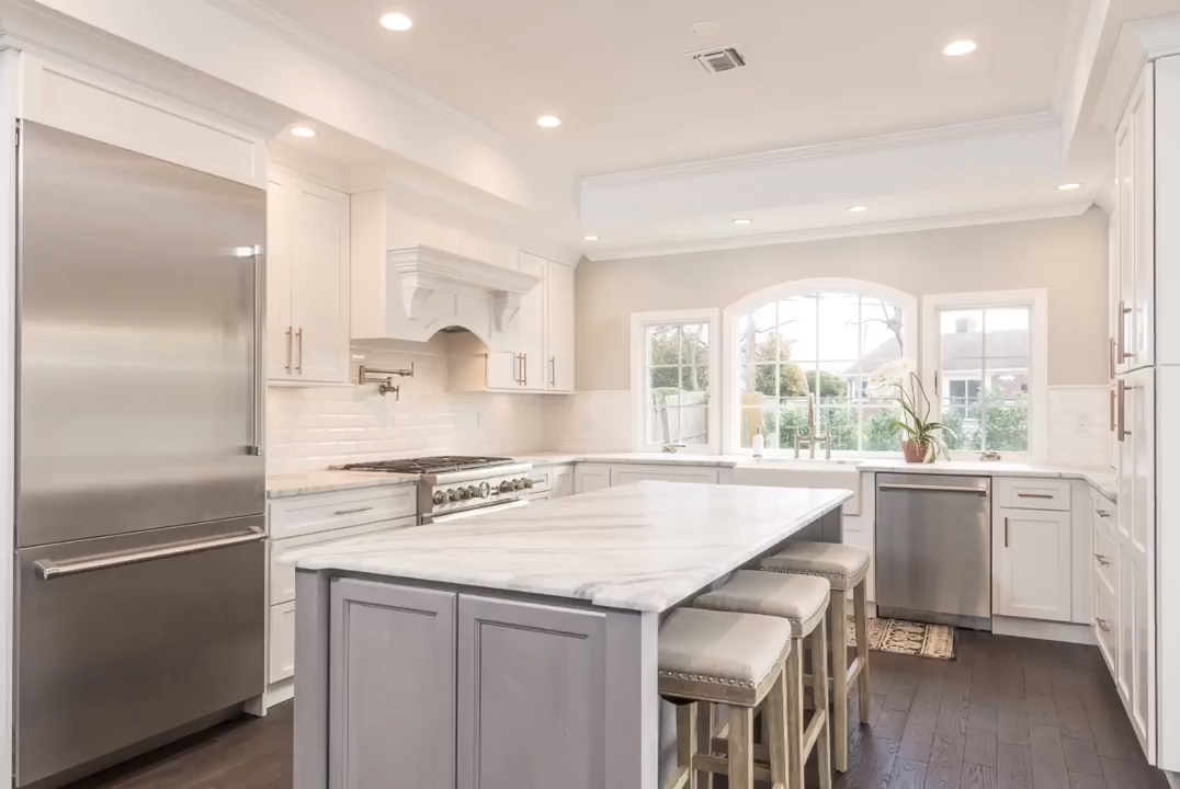 Light and Airy White & Grey Kitchen
