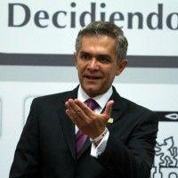 Convoca Mancera a elevar a nivel nacional debate de salario mínimo.