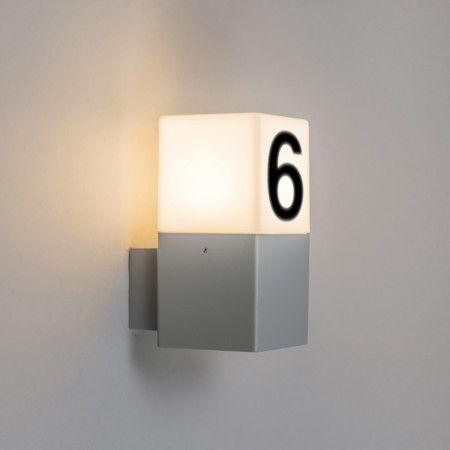 au enleuchte denmark wand hellgrau mit hausnummer aufkleber beleuchtete hausnummern. Black Bedroom Furniture Sets. Home Design Ideas
