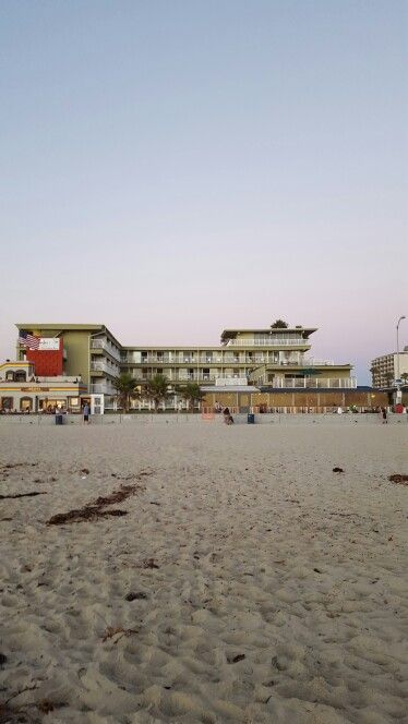 Beach Hotels, Surfer, San Diego