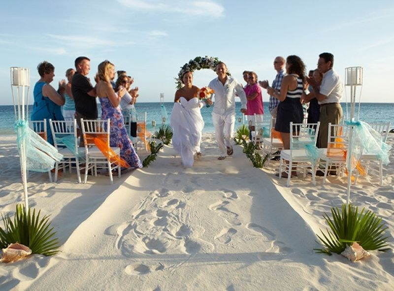 Adorable Charleston Beach Wedding Packages