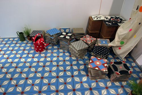 petit pan carocim carreaux de ciment carrelage maison objet janvier 2013 tiles pinterest. Black Bedroom Furniture Sets. Home Design Ideas