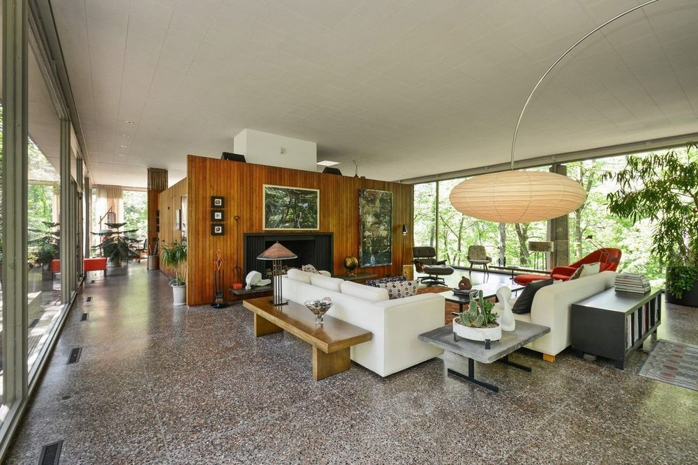 The H P Davis Rockwell Glass House Mid Century House