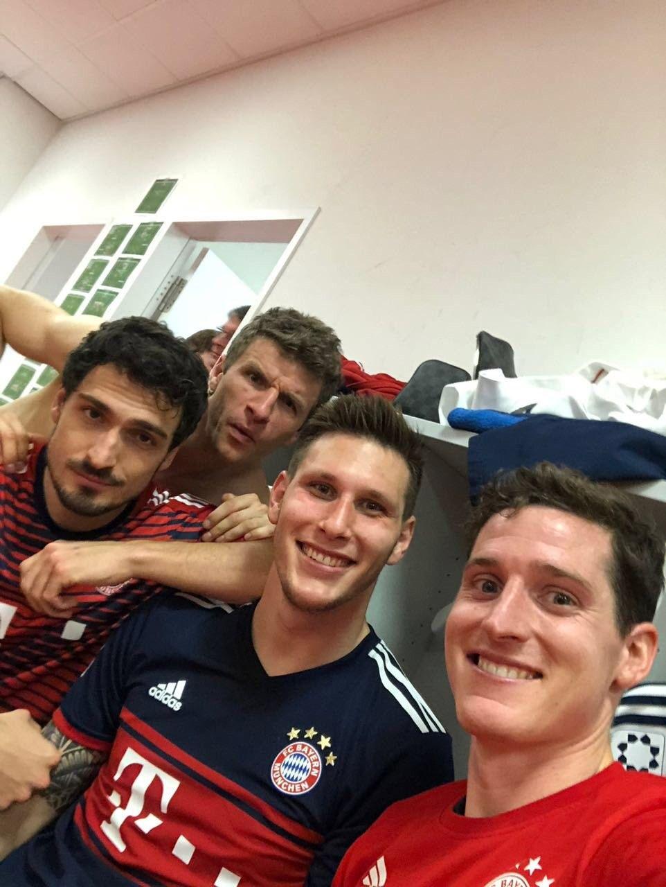 Pin on Bayern München