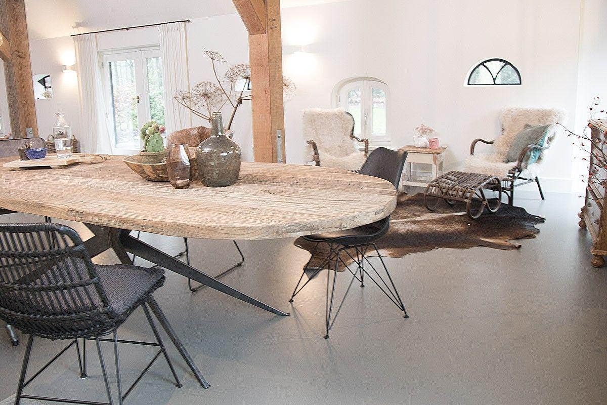 Eettafel ovaal hout ovalen persoons eettafel l maisons du monde